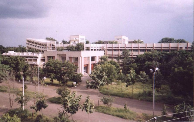 ACPM Medical College, Dhule